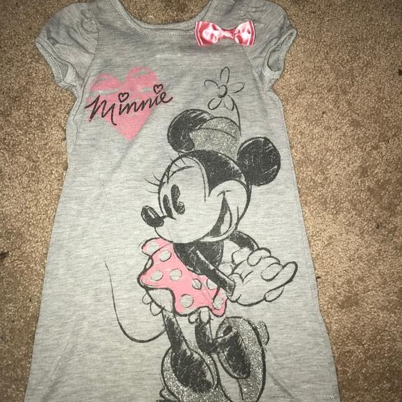 8726ba85f1 Minnie Mouse nightgown. M 5b985930153795bab7c0b8ae